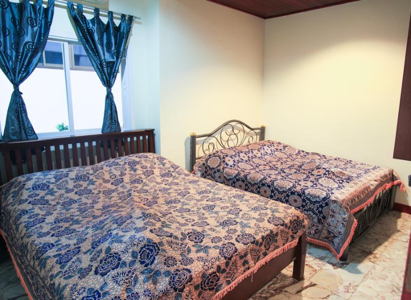 Two full size beds are in the bed room - 1 bed room apartment 45sm infront of swiming pool - Ko Lanta - rentals