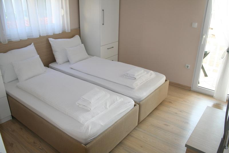 Superior Apt. for 3 Pax - Apartments Johnny A3 close to beach and Split cent - Podstrana - rentals