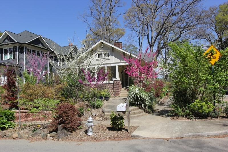 Front of house. - Guest Suite in Historic Virginia Highland - Atlanta - rentals