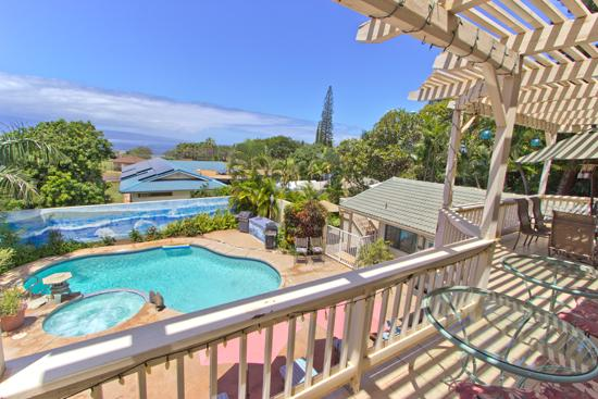 Pool from upstairs lanai - 4BR Private Home; Pool Hot Tub; 1 Mile to Lahaina! - Lahaina - rentals
