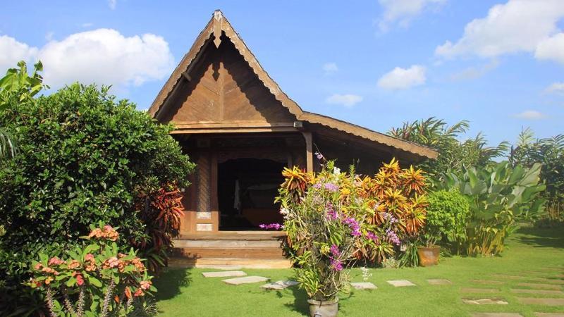 Joglo bedroom 1 - Villa Lina -Traditional Bali House 3BDRM Canggu - Canggu - rentals