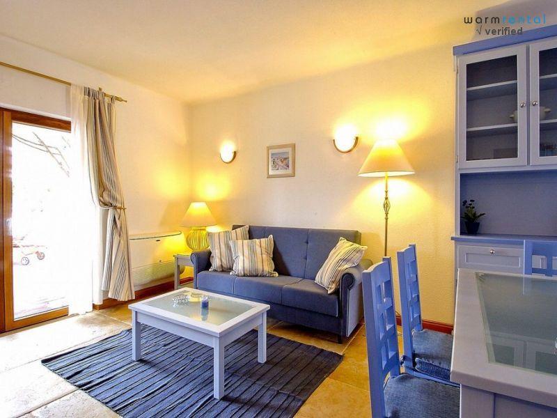Living Room  - Giddah Blue Apartment - Olhos de Agua - rentals