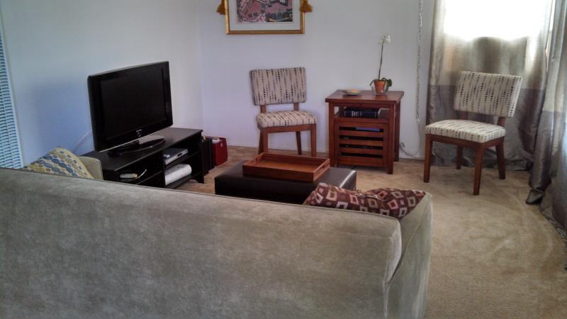 West Hollywood Clean and Cozy 1 Bedroom - Image 1 - West Hollywood - rentals