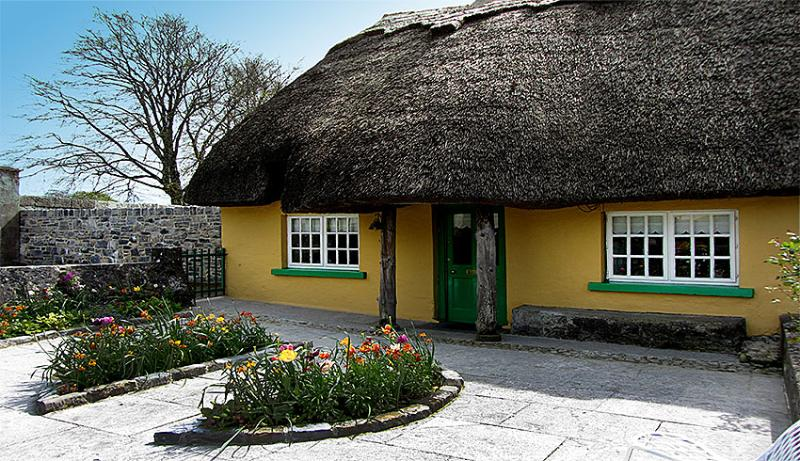 Thatched Home in Adare,Ireland's Prettiest Village - Image 1 - Limerick - rentals