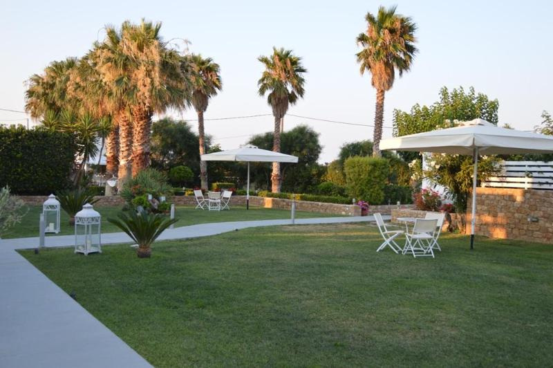 A Lovely Apartments Complex in Skyros Island-Quad - Image 1 - Skyros Town - rentals
