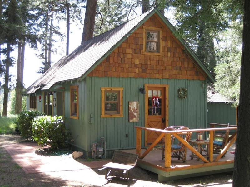 "The Wildflower Cabin, private and serene. - The Wildflower Cabin, ""Just for Two."" - Lake Arrowhead - rentals"