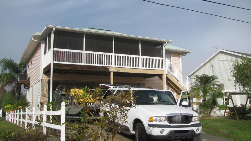 Relax in Paradise Surrounded by Florida Waters - Image 1 - Crystal River - rentals