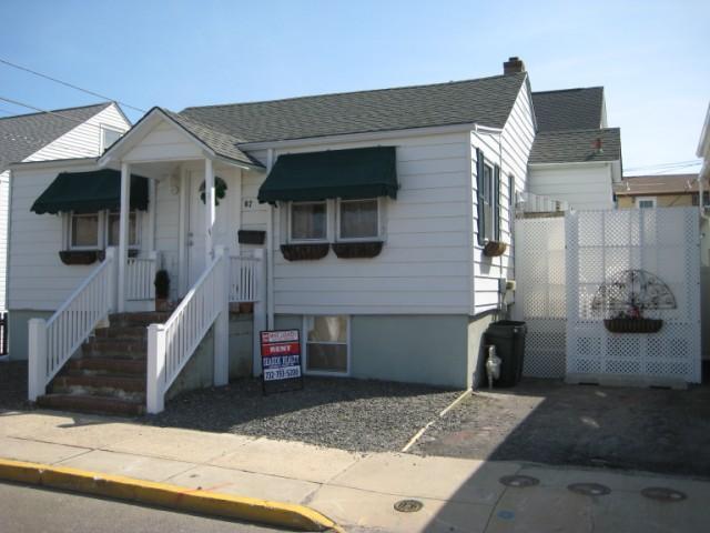 North End Ocean Block 3 Bedroom Steps to the Beach - Image 1 - Seaside Heights - rentals