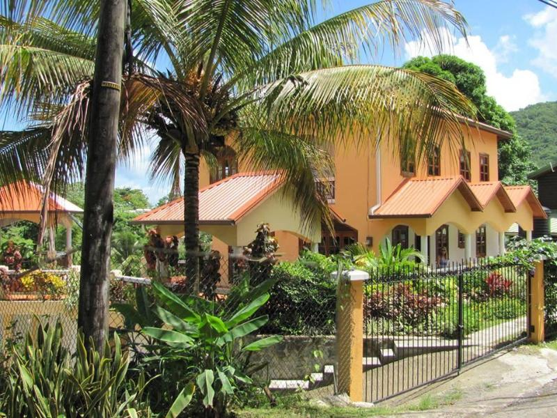 Villa Papillon - Walk to Beaches Hibiscus Apartment in St. Lucia - Marigot Bay - rentals