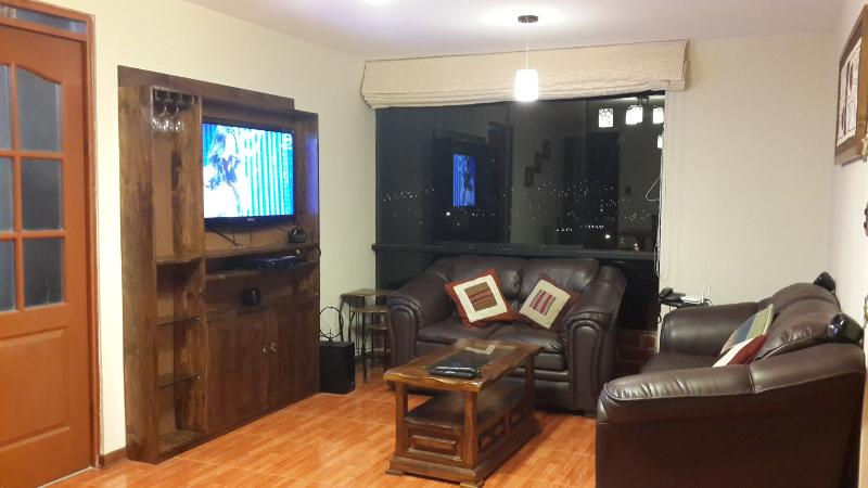 Living Room, 42 inch TV, home theater. - It feels like home. Apartment in Cusco city - Cusco - rentals