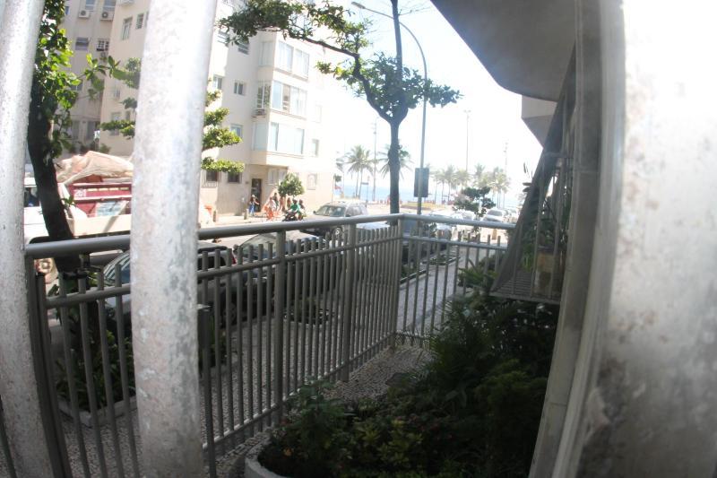 2-119, 2 bedroom in Arpoador next Av. Vieira Souto - Image 1 - Rio de Janeiro - rentals