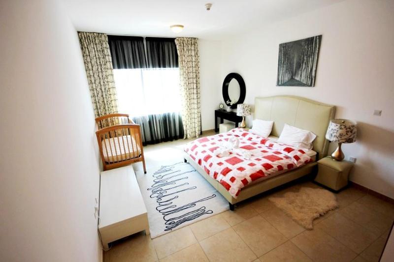 290 Experience Elegance in MAG Tower - Image 1 - Dubai - rentals
