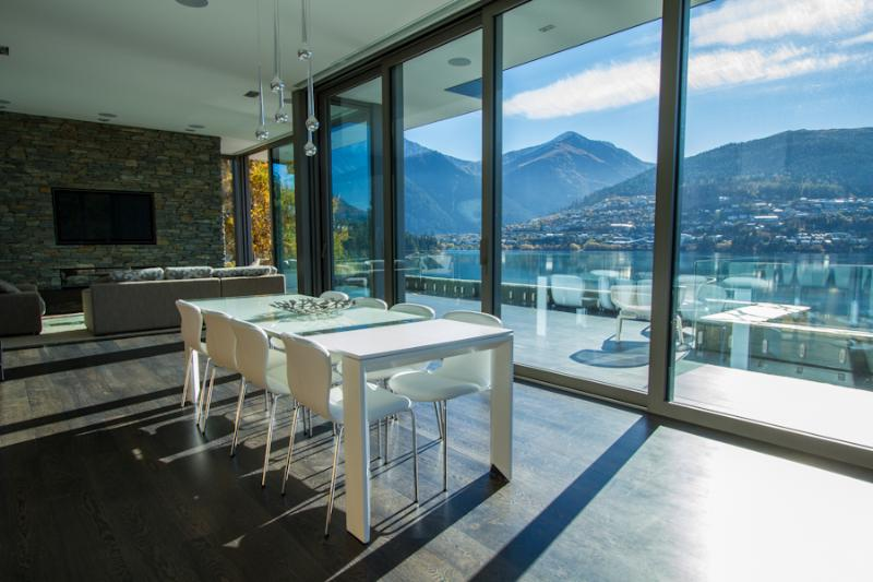 Lakeside modern living - Lakeside Luxury - Queenstown - rentals