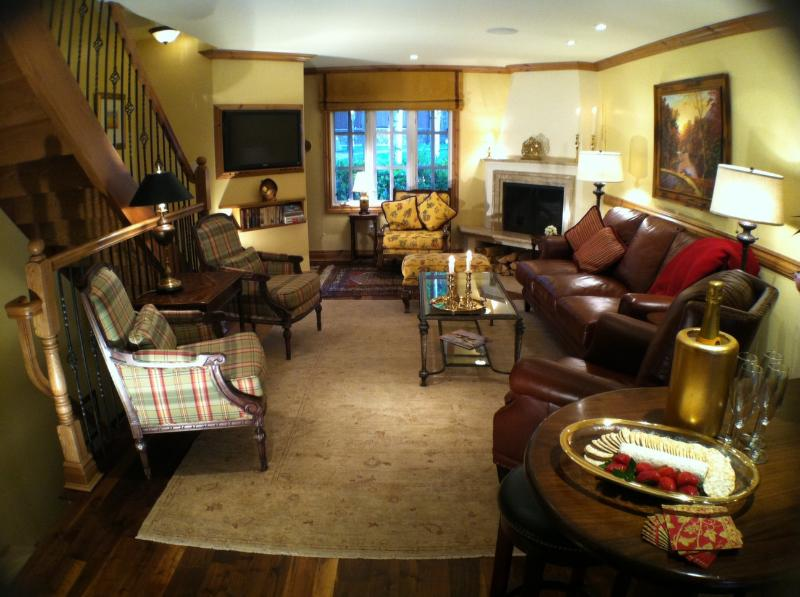 Luxury Townhouse near Gondola and Downtown - Image 1 - Aspen - rentals