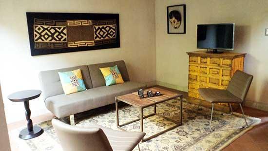 Salon - Luxury Apartments in The Heart of Colonial Antigua: Saffron Apartment - Antigua Guatemala - rentals