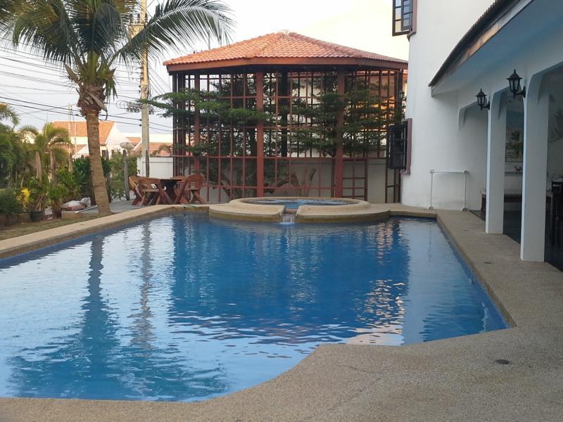 El Hacienda 5 bed villa - Image 1 - Hua Hin - rentals