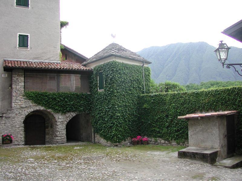 Lake Como, Ossuccio, one- bedroom apartment - Image 1 - Ossuccio - rentals