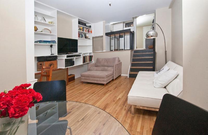 High ceilings-Living area - Charming loft studio near UN-sleeps 4 - New York City - rentals