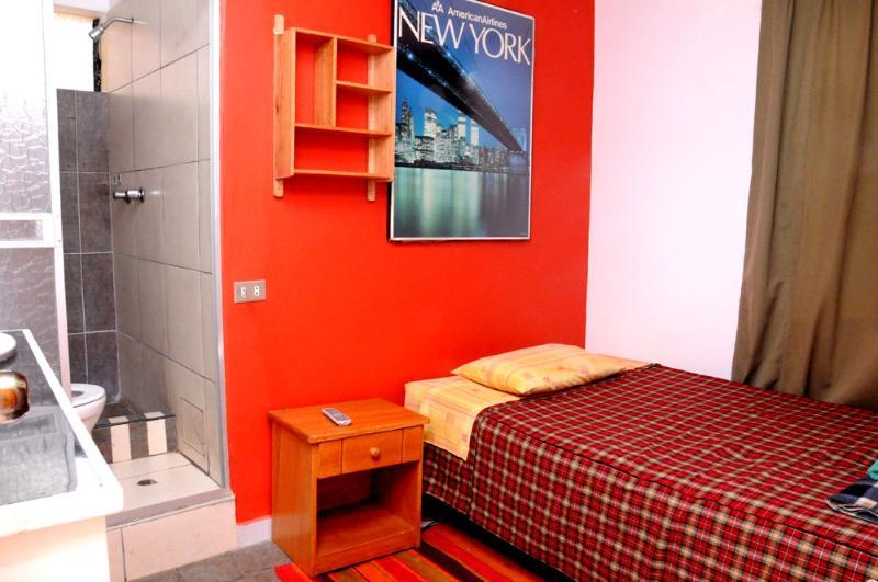 Small Single Room near to Plaza de Armas - Image 1 - Cusco - rentals
