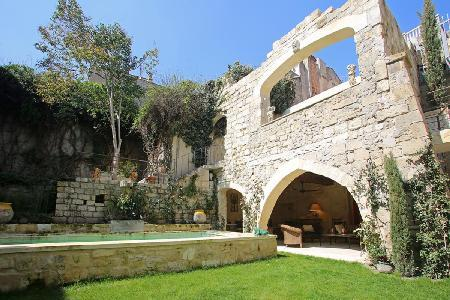 Beautifully Restored Old Convent - Family-Friendly Couvent de Tarascon with Pool & Patio - Image 1 - Tarascon - rentals