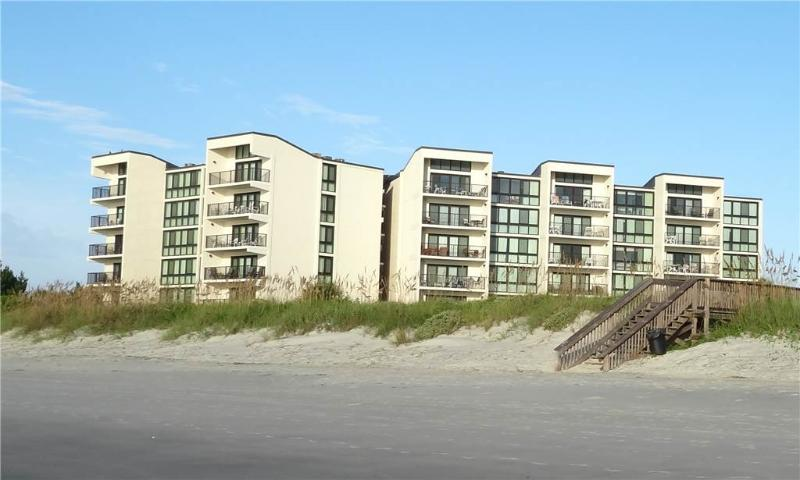 Shipyard A44 - Oceanfront - Image 1 - Pawleys Island - rentals