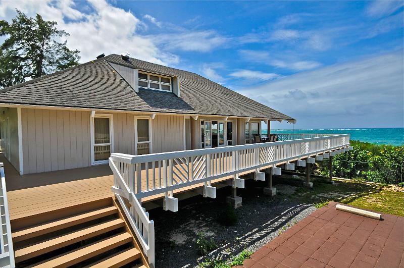 Malaekahana beach front estate steps from the sand - Image 1 - Kahuku - rentals
