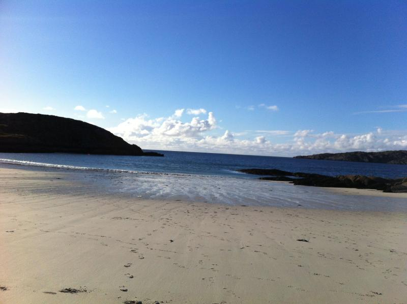 closest sandy beach (15 mins drive) - Glencorse House - Lochinver - rentals