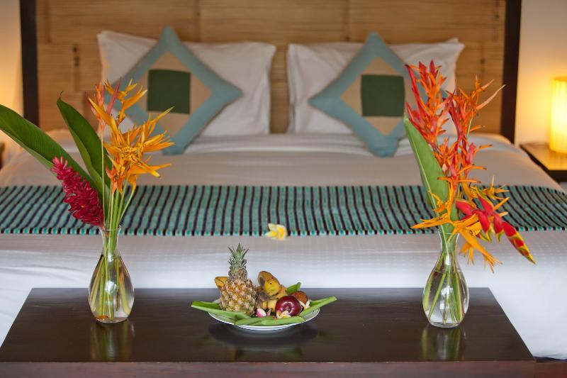 Balinese Style 5 Bedroom Pool Villa - Image 1 - Canggu - rentals