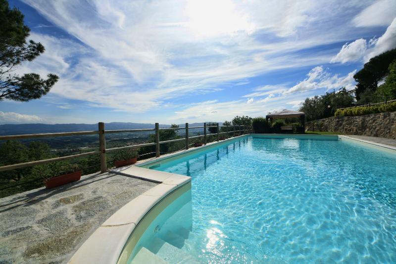 Pool - Hillside small apt in Tuscany near Florence,garden - Pian di Sco - rentals