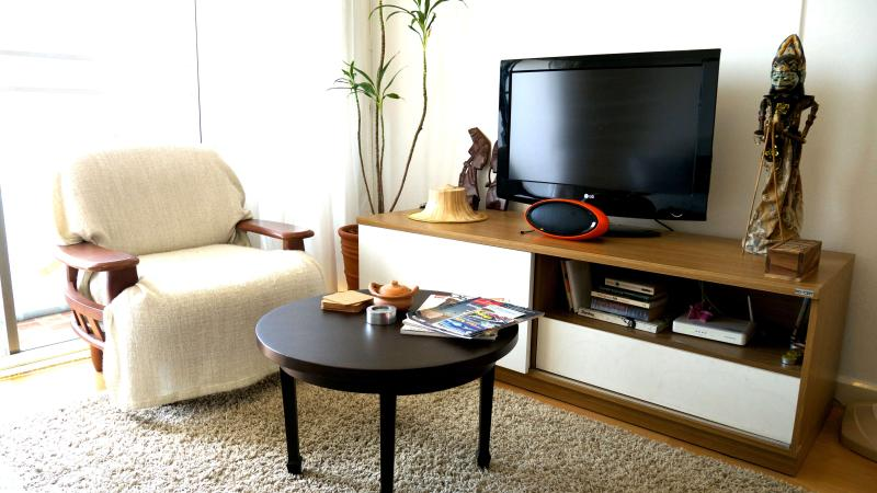 main living room - Cozy Condo in Hip Area + WiFi & Swimming Pool - Bangkok - rentals