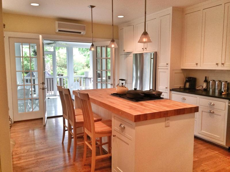 Fully appointed kitchen - Lovely, luxe, location! Vandy, Girlfriend getaways - Nashville - rentals