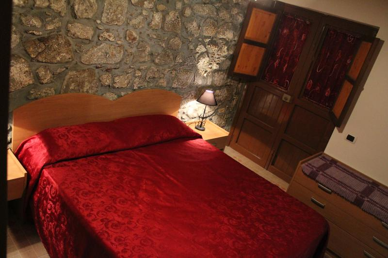 Flat on the the historic center - Image 1 - Cefalu - rentals