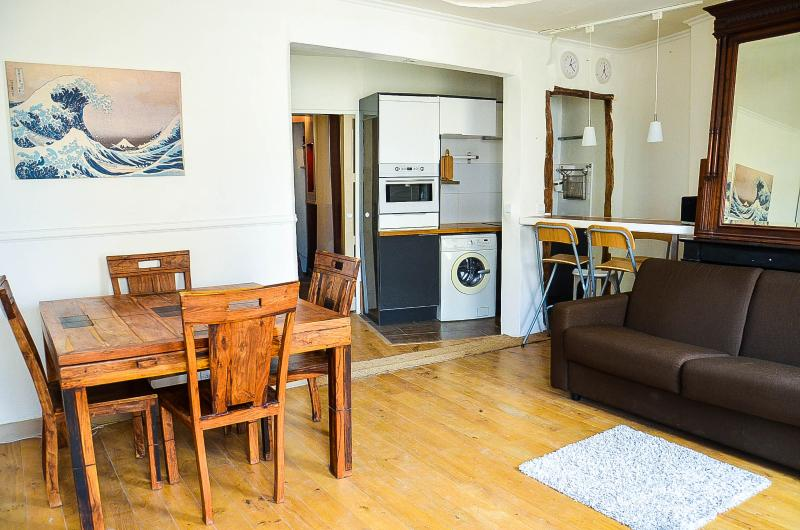 Cosy, Central, and rare view! - Image 1 - Paris - rentals