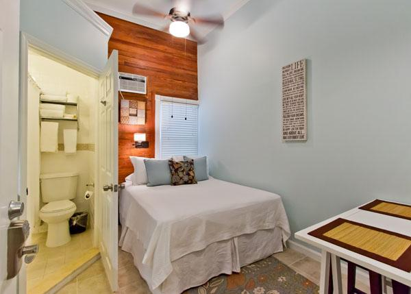 "VanGogh Economical Studio for Two - ""VAN GOGH"" Studio For 2 - Key West - rentals"