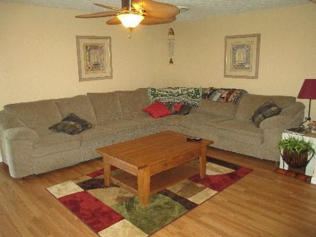 Living Room - 058-2 - Bronston - rentals