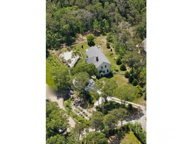 57 Nineteenth Street North - Image 1 - Edgartown - rentals