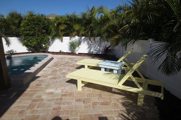 Pool Area Deck - Citrus Cottage - Holmes Beach - rentals