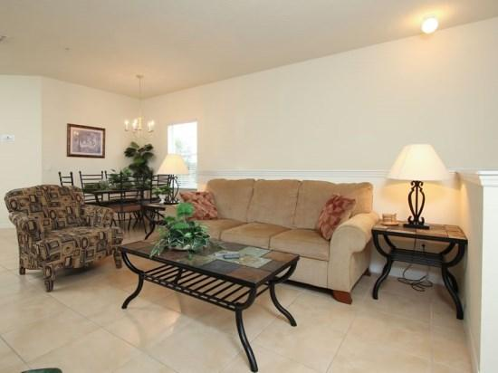 3 Bedroom 2 Bath Condo Located 1.5 miles From Disney. 2712OD - Image 1 - Orlando - rentals
