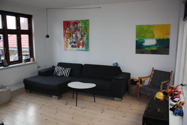 Danshoejvej Apartment - Beautiful Copenhagen house near Vigerslev Alle station - Copenhagen - rentals