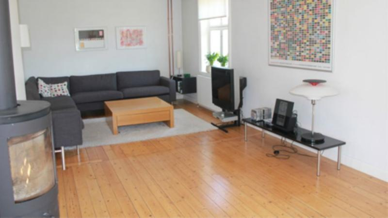 Aeblevej Apartment - Lovely Copenhagen house at Groendal station - Copenhagen - rentals