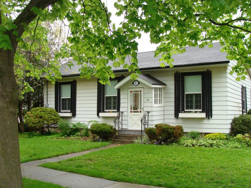 Welcome to Six Penny - Six Penny - Niagara-on-the-Lake - rentals