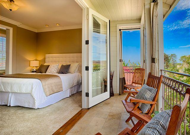 20% OFF DEC DATES - Beautiful and inviting La Jolla home close to all - Image 1 - La Jolla - rentals