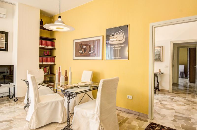 Perrone San Martino - 3427 - Milan - Image 1 - Milan - rentals