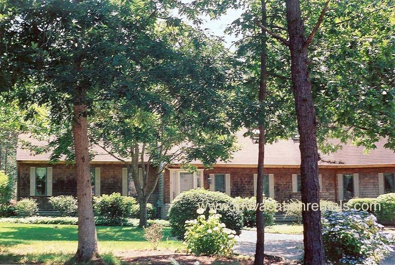 Exterior of House - COURN - Sengekontacket, Central Air - Oak Bluffs - rentals