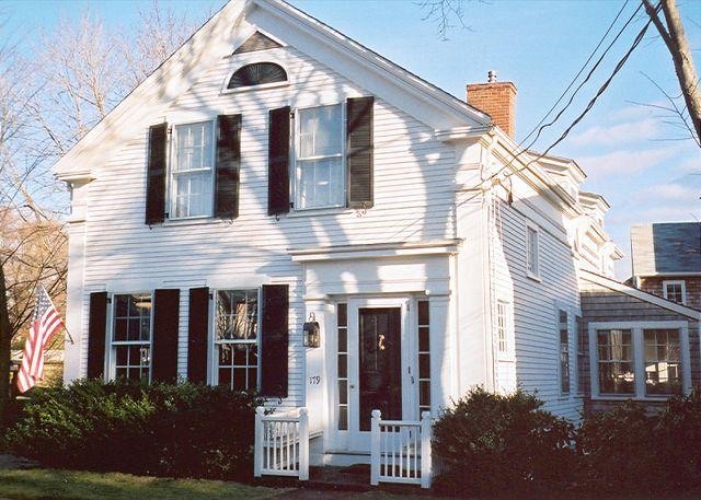 Front of House - STREJ - In-Town, Wifi - Vineyard Haven - rentals