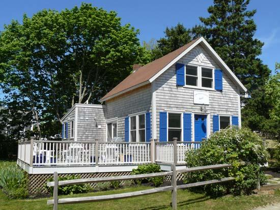 Exterior of House - CRONS - Walk to Town and Beach, Wifi Internet - Oak Bluffs - rentals