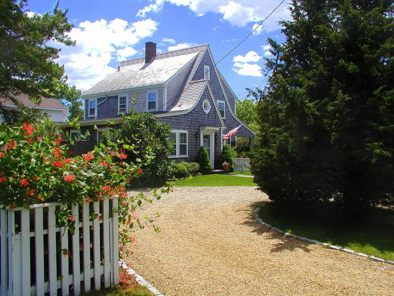 Entry to Property - BARTE - In-Town, 5 Minute Walk to Main St, Bike Paths to South Beach in Front - Edgartown - rentals