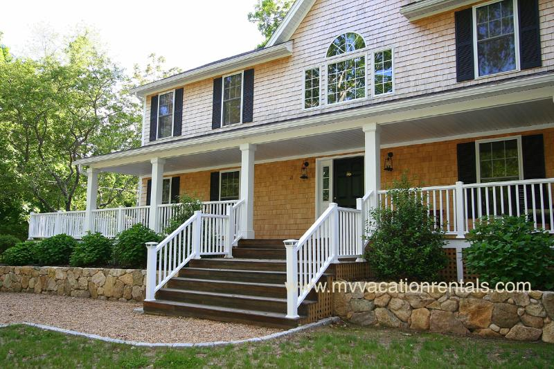 ATTAS - West Chop, A/C, Wifi - Image 1 - Vineyard Haven - rentals