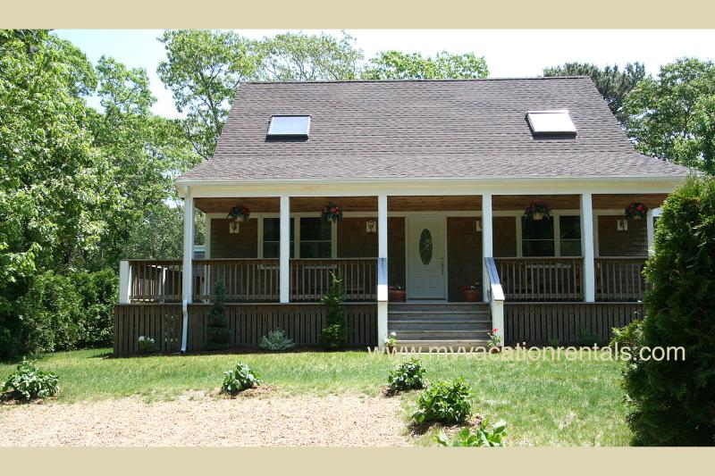 Exterior of House and Porch - GAUDS - Immaculate Cape, Central A/C, Wifi Internet, Porch and Deck - Edgartown - rentals