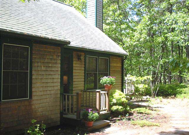 Front of House - BLOOC - West Chop Area, Wifi, A/C - Vineyard Haven - rentals
